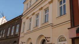Fasáda - Apolenka (1)